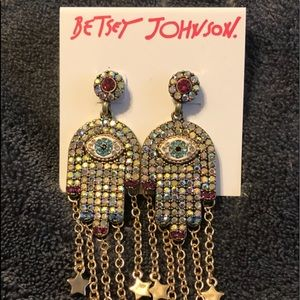 NWT•Betsey Johnson Hamsa evil eye drop earrings